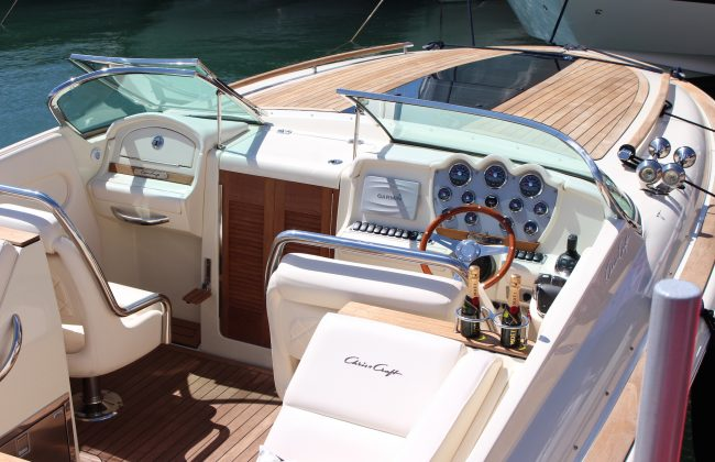 Chris Craft Corsair 32 5