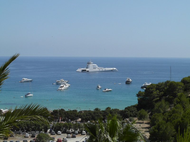 Restaurants in Ibiza with dinghy service