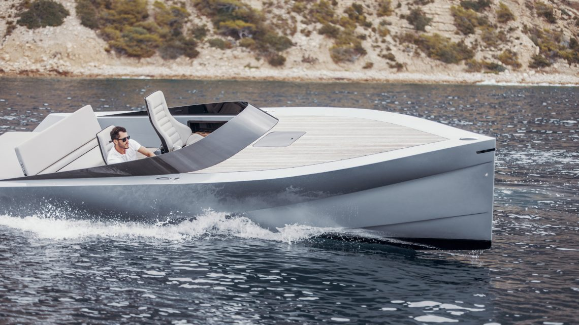 The world's fastest & lightest electric Superyacht Tender