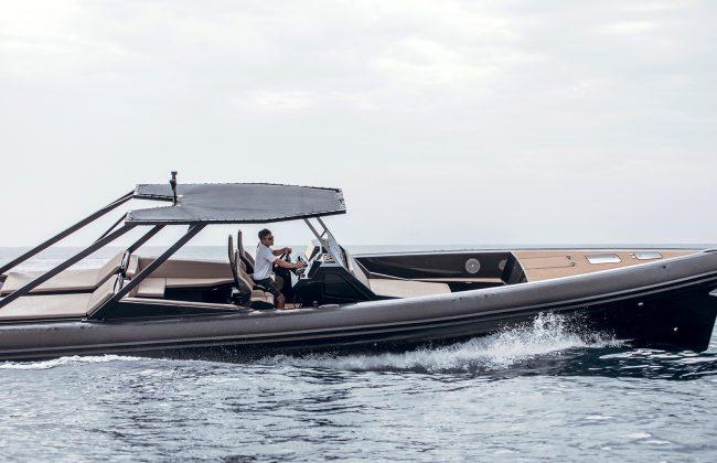 An impressive funday boat: SAY 45 RIB 3