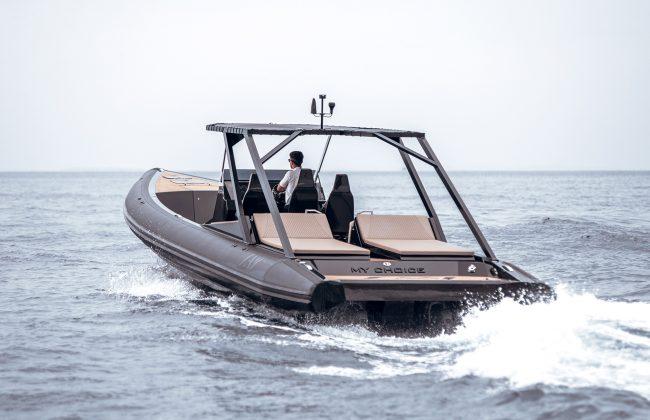 An impressive funday boat: SAY 45 RIB 4
