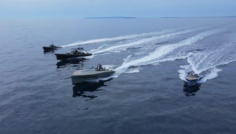 Eficiente de SAY Carbon Yachts!